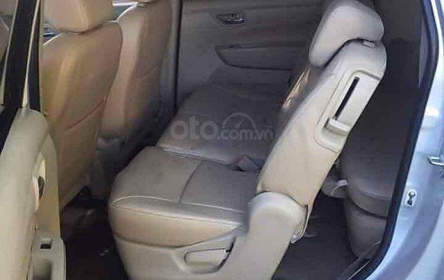 Cần bán lại xe Suzuki Ertiga sản xuất 2016, màu bạc còn mới3