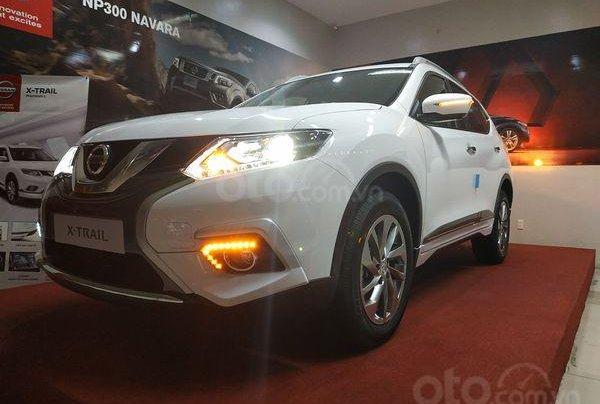 Nissan Xtrail 2.5 giảm 141 tr, lăn bánh chỉ từ 230 triệu0