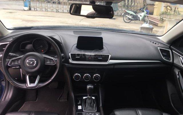 Chính chủ bán Mazda 3 sedan 1.5L, màu xanh, nội thất đen, xe sản xuất 10/2018, bảo hành bảo dưỡng toàn bộ tại hãng3