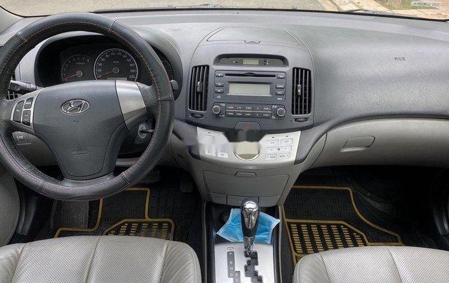 Bán Hyundai Avante đời 2012, màu đen xe gia đình4