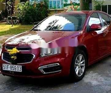 Bán Chevrolet Cruze sản xuất năm 2017, màu đỏ, xe nhập ít sử dụng4