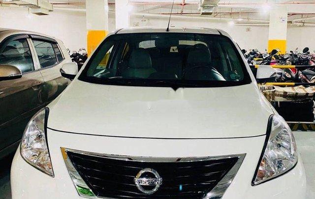 Cần bán lại xe Nissan Sunny 2015, màu trắng0