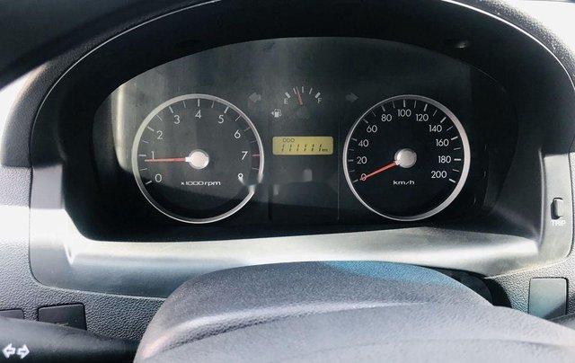 Bán Hyundai Getz sản xuất năm 2010, màu bạc, xe nhập 2