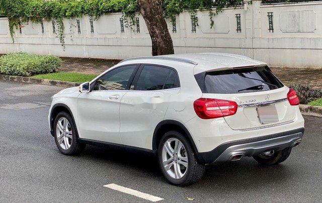 Cần bán gấp Mercedes A200 năm sản xuất 2015, màu trắng, xe nhập chính chủ giá cạnh tranh0