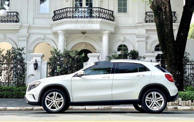 Cần bán gấp Mercedes GLA200 sản xuất năm 2015, màu trắng, xe nhập1