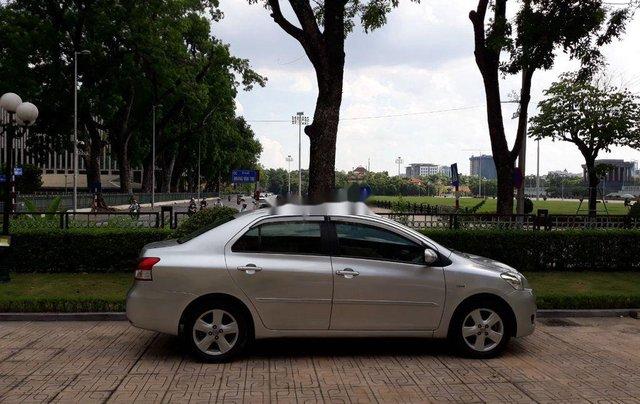 Cần bán lại xe Toyota Vios đời 2008, màu bạc  1