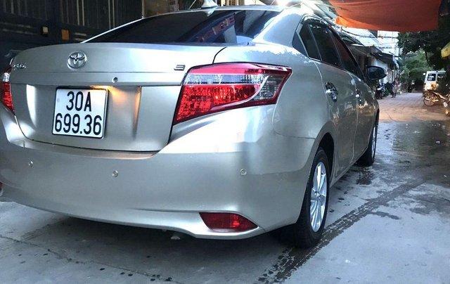 Bán Toyota Vios sản xuất năm 2016, màu bạc, nhập khẩu nguyên chiếc  2