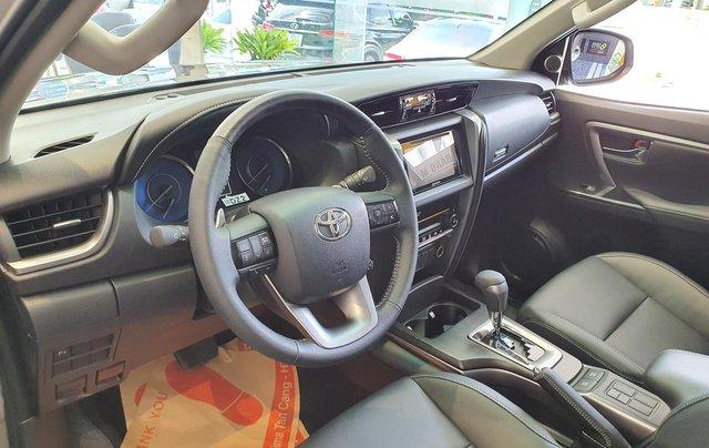 """""""HOT"""" Toyota Fortuner 2.4G MT- 995 triệu - Đưa 250 triệu lấy xe - Ưu đãi quà tặng theo xe. Liên hệ 09027500514"""
