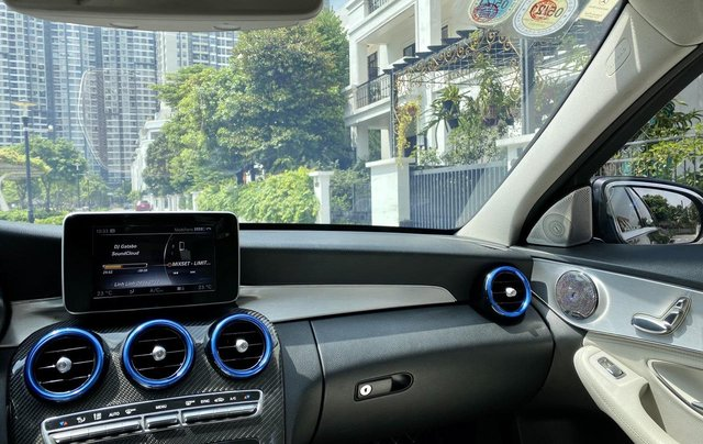 Mercedes C200 sx 2015, đk 2016, màu đen, nội thất kem10