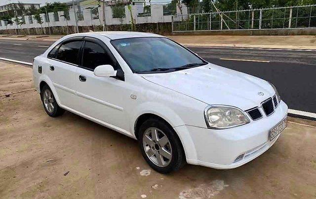Cần bán lại xe Daewoo Lacetti 1.8 2004, màu trắng còn mới 0