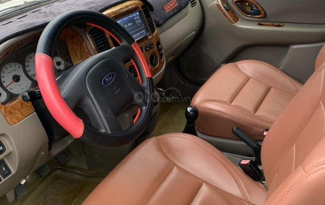 Cần bán xe Ford Escape sản xuất năm 20034