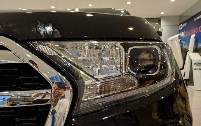 Ford Everest 2020 Titanium 4x2 giá tốt nhất, đủ màu giao ngay6