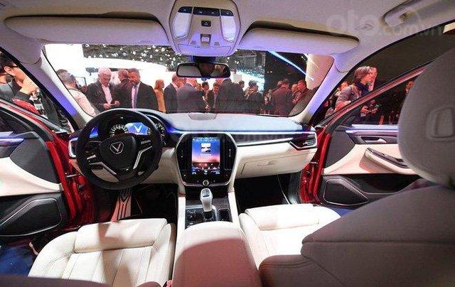 [VinFast Chervolet Neway] Ưu đãi vàng, nhận xe sang -Vinfast LUX SA 2.0, trả góp lãi suất 0%, giảm 100% trước bạ1