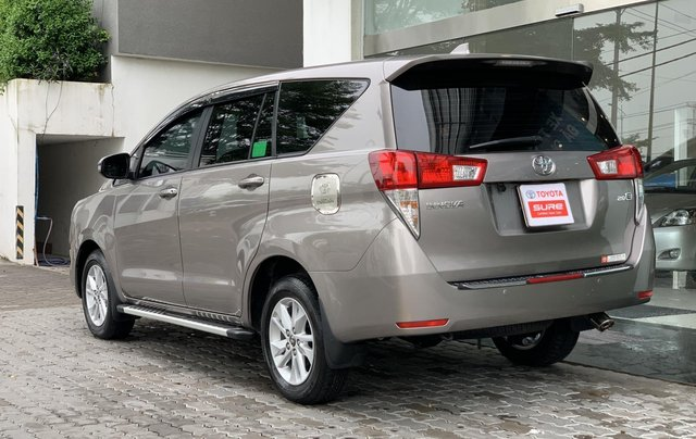 Cần bán Toyota Innova 2018, trùm mền bao êm2