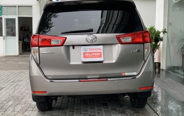 Cần bán Toyota Innova 2018, trùm mền bao êm3