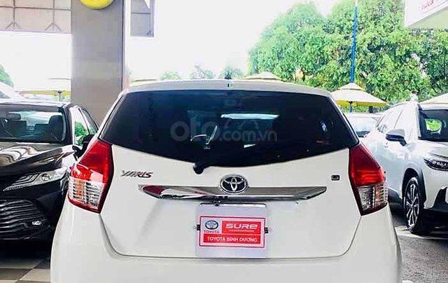 Cần bán Toyota Yaris 1.5G sản xuất 2017, màu trắng, xe nhập 3