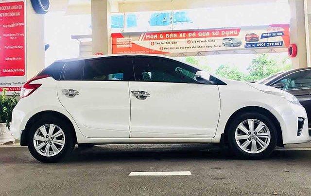 Cần bán Toyota Yaris 1.5G sản xuất 2017, màu trắng, xe nhập 4