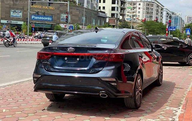Bán xe Kia Cerato sản xuất 2019, màu xanh lam, số tự động2