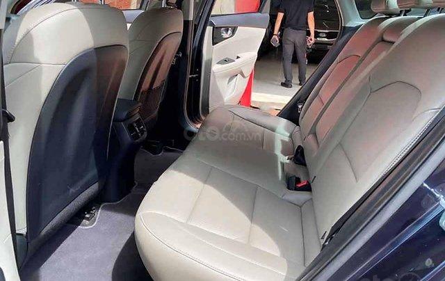 Bán xe Kia Cerato sản xuất 2019, màu xanh lam, số tự động4