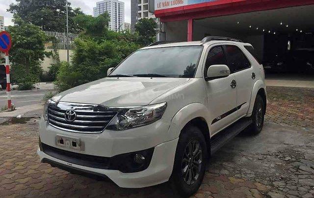 Bán Toyota Fortuner sản xuất 2014, màu trắng còn mới0