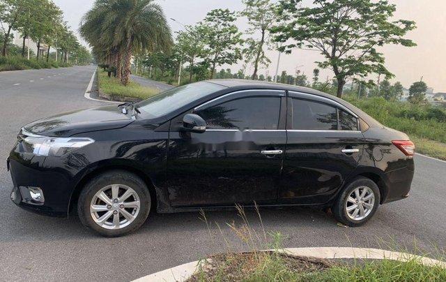 Bán xe Toyota Vios đời 2015, màu đen còn mới giá cạnh tranh