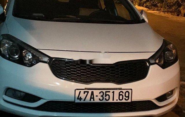 Bán Kia K3 sản xuất 2015, màu trắng còn mới, giá 390tr1