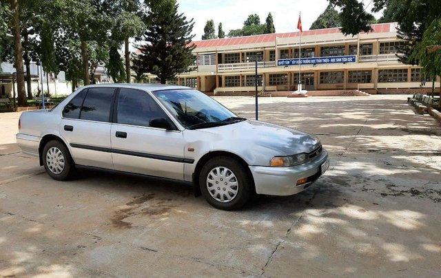 Bán Honda Accord sản xuất 1992, màu bạc, nhập khẩu còn mới0
