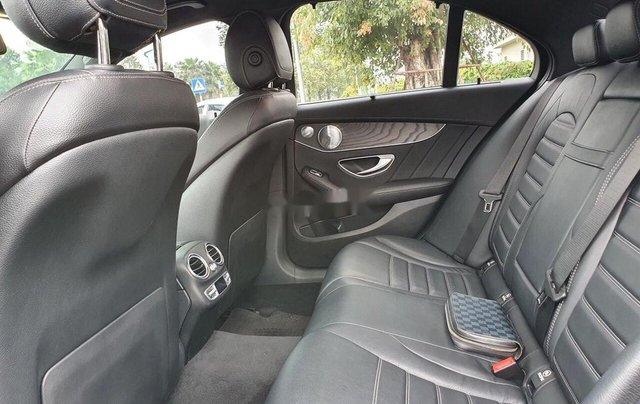 Bán Mercedes C300 AMG đời 2016, màu đen còn mới5