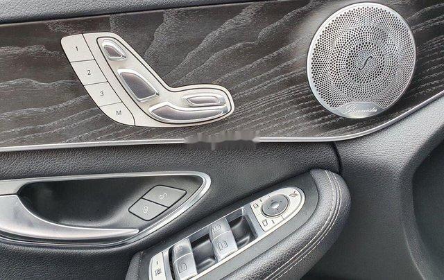 Bán Mercedes C300 AMG đời 2016, màu đen còn mới7