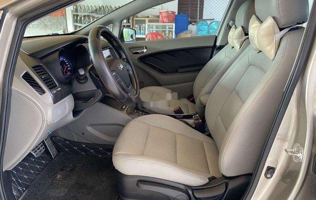 Cần bán xe Kia K3 năm sản xuất 2015, 440tr5