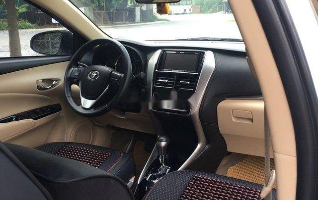 Cần bán gấp Toyota Vios năm sản xuất 2019, màu trắng, số tự động6