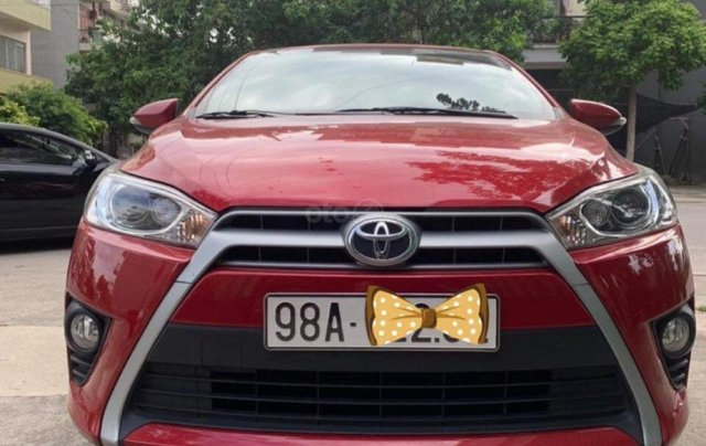 Cần bán xe Toyota Yaris G đời 2016, màu đỏ, nhập khẩu nguyên chiếc  0