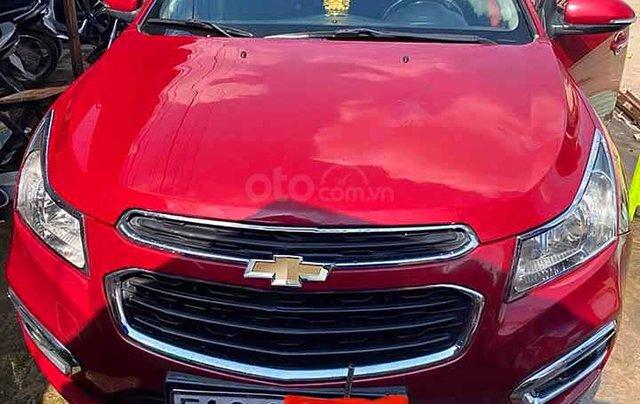 Xe Chevrolet Cruze LT 1.6L sản xuất năm 2017, màu đỏ còn mới0