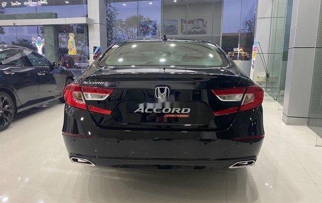 Cần bán xe Honda Accord sản xuất năm 2020, màu đen, xe nhập4
