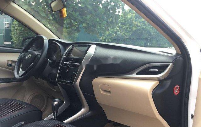 Cần bán gấp Toyota Vios năm sản xuất 2019, màu trắng, số tự động5