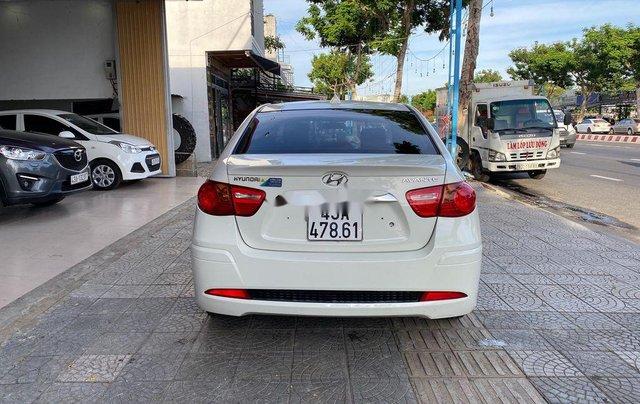 Bán xe Hyundai Avante sản xuất 2016 còn mới3