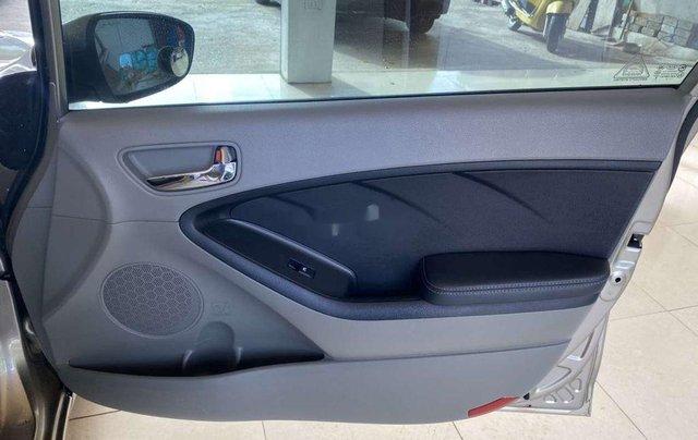 Cần bán xe Kia K3 năm sản xuất 2015, 440tr8
