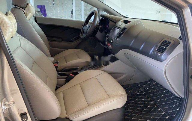 Cần bán xe Kia K3 năm sản xuất 2015, 440tr11
