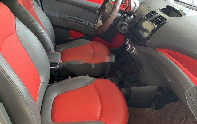 Bán Chevrolet Spark sản xuất 2015, màu trắng xe gia đình giá cạnh tranh4