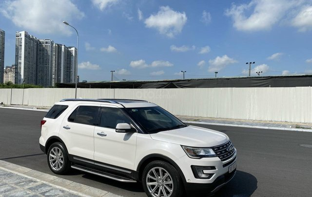 Cần bán gấp Ford Explorer đời 2017 giá tốt6