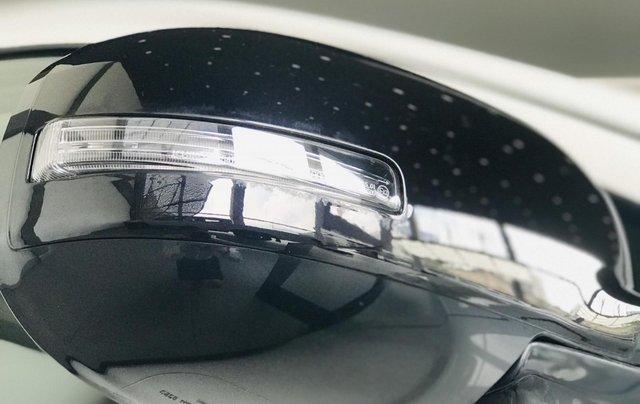 Bán xe Mitsubishi Outlander 2.4 Premium bản đặc biệt 2019, giá 900 triệu đồng4