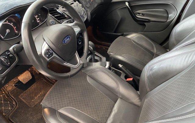 Bán Ford Fiesta sản xuất năm 2017, màu đỏ3
