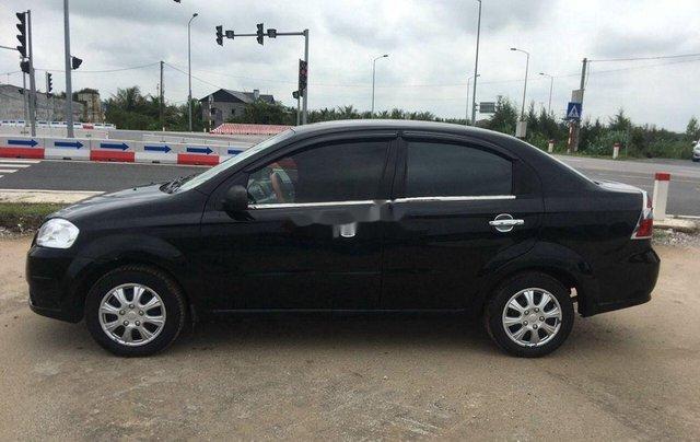Cần bán Daewoo Gentra sản xuất 2010, màu đen1