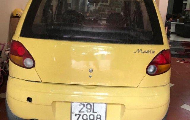 Cần bán lại xe Daewoo Matiz năm sản xuất 2000, màu vàng, xe nhập, 52 triệu2