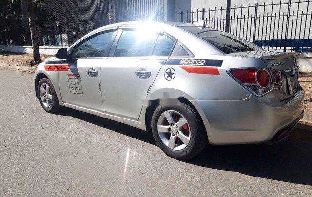 Bán ô tô Chevrolet Cruze đời 2010, màu bạc, nhập khẩu 2