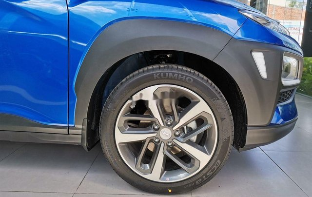 Bán Hyundai Kona sản xuất năm 2020, màu xanh lam, 614tr2