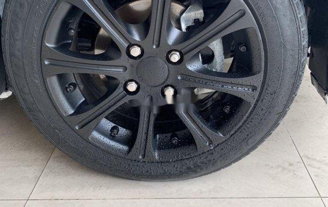 Bán Chevrolet Spark sản xuất 2015, màu trắng xe gia đình giá cạnh tranh9
