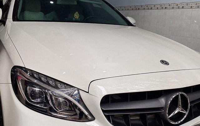 Cần bán lại xe Mercedes C250 Exlusive năm 2015, màu trắng10