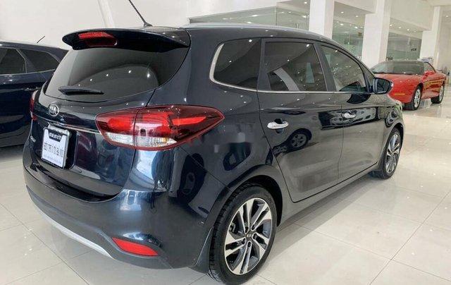 Bán ô tô Kia Rondo 2019 số tự động, màu xanh đá3
