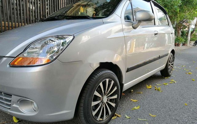 Bán Chevrolet Spark đời 2009, màu bạc, số tự động, giá tốt4